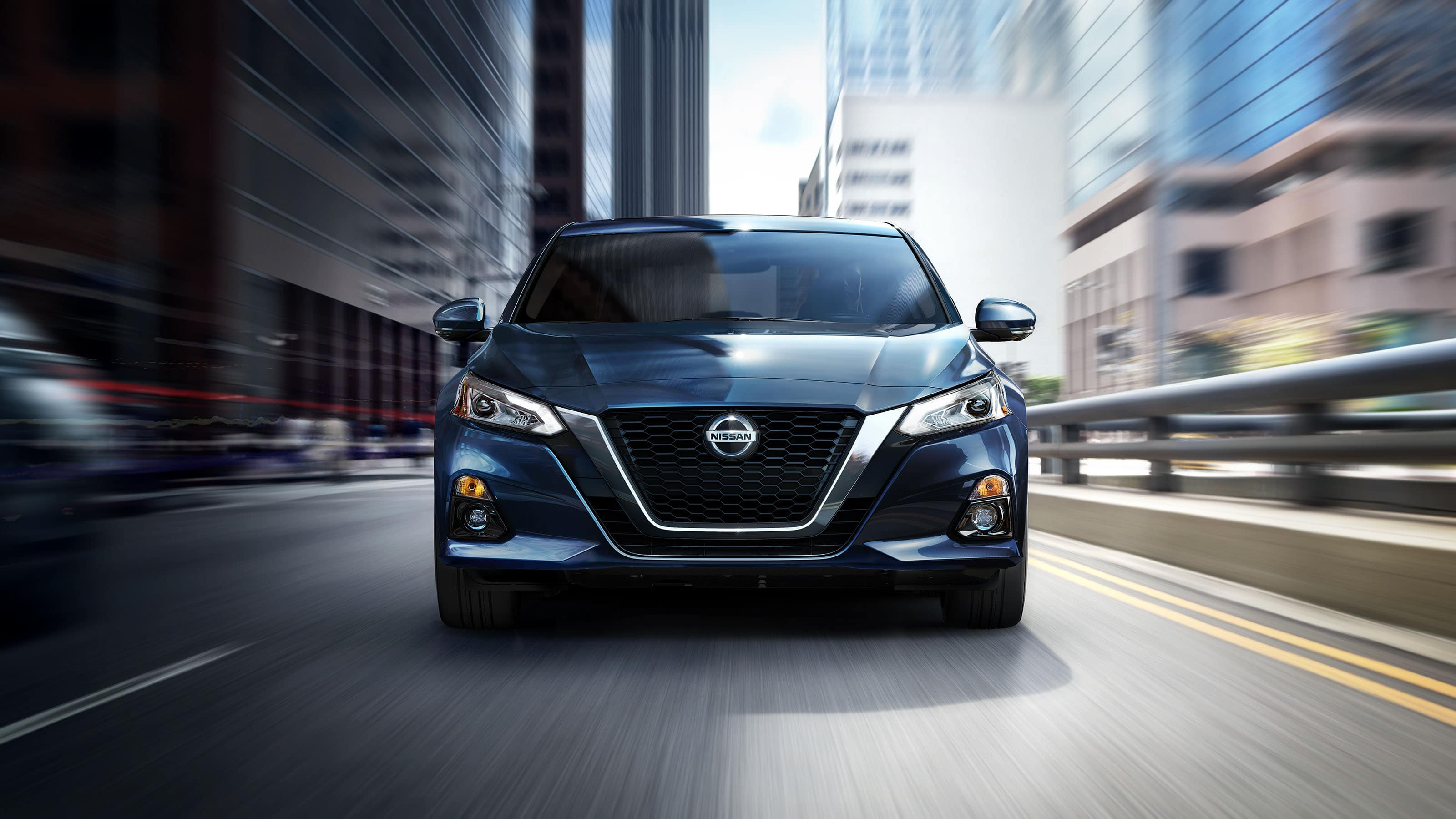 2020 Nissan Altima Front Exterior Blue Picture