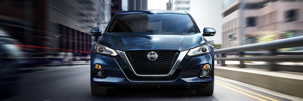 2020 Nissan Altima Front Exterior Blue Picture